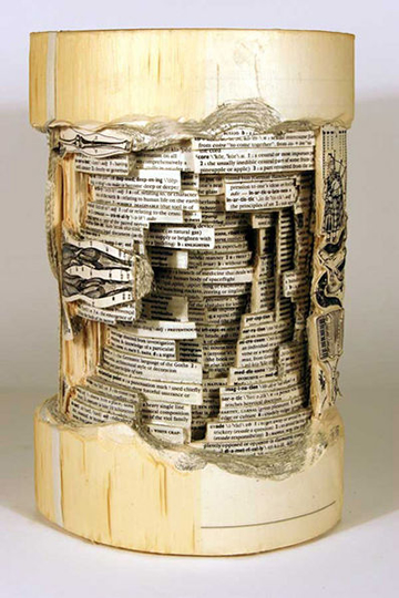 Cool Book Art | Step into a World Made Entirely of Books... (4/6)
